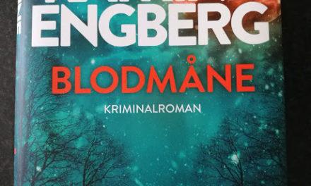 """""""Blodmåne"""" af Katrine Engberg"""