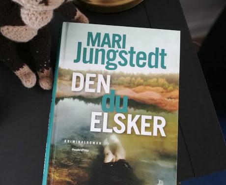 """""""Den du elsker"""" af Mari Jungstedt"""