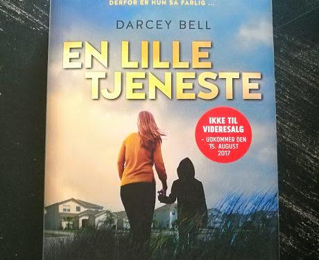 """""""En lille tjeneste"""" af Darcey Bell"""
