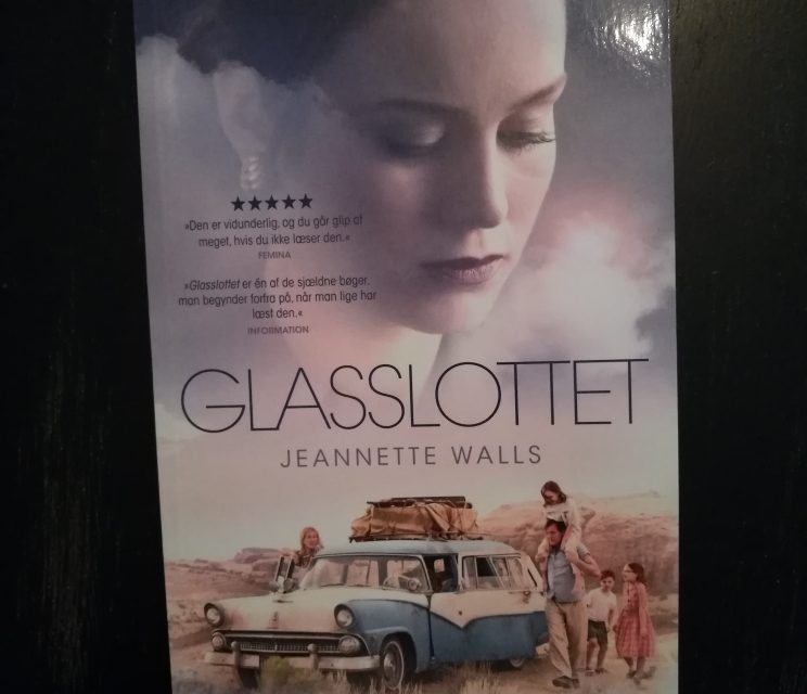 """""""Glasslottet"""" af Jeanette Walls"""