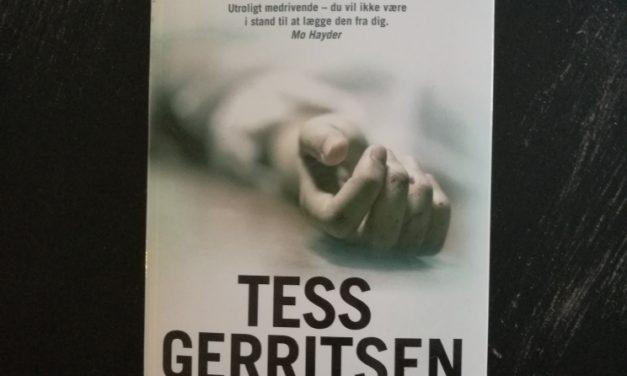 """""""Skindød"""" af Tess Gerritsen"""