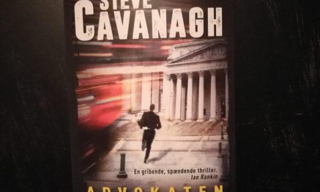 """Advokaten"" af Steve Cavanagh"