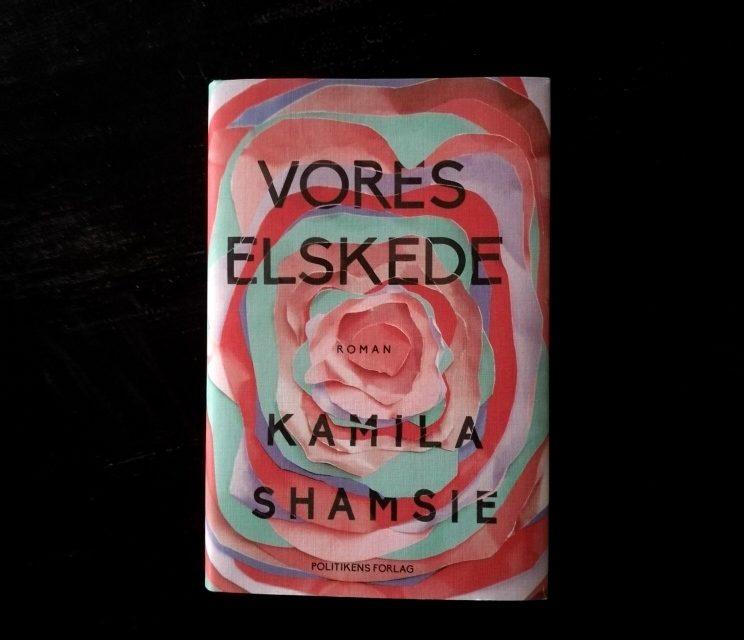 """""""Vores elskede"""" af Kamila Shamsie"""