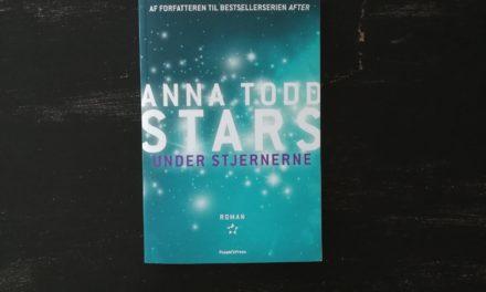 """""""Under stjernerne"""" af Anna Todd"""