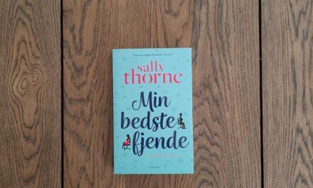 """""""Min bedste fjende"""" af Sally Thorne"""