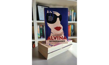 """""""Alvina: Skyggemager"""" af Chloé Esposito"""